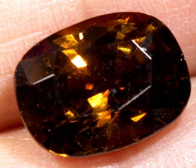2.95  CTS TOURMALINE FACETED STONE CG-1794 GC