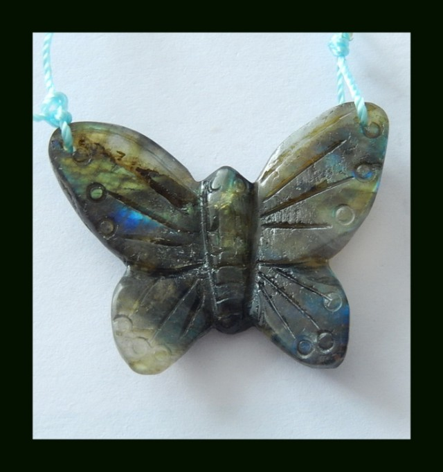 33 Cts Labradorite Butterfly Carved Bead