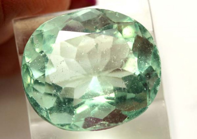 GREEN FLOURITE 21.85  CTS PG-1686