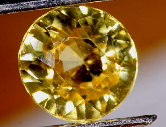 2.10  CTS BEAUTIFUL ZIRCON   CG- 1813   GC