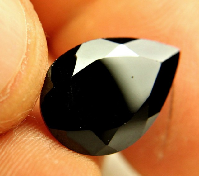 9.75 Carat VS Black Spinel Pear