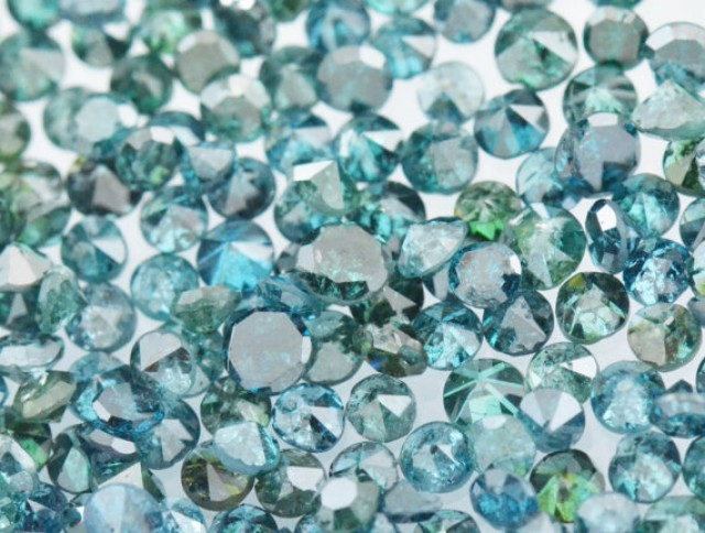 1ct Blue Diamonds brilliant cut round 36 to 38 diamonds approx fr