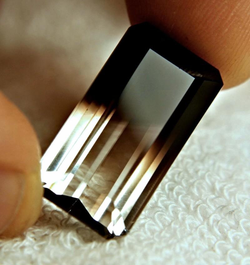 28.55 Carat Natural Bi-Color Quartz - Lovely Stone