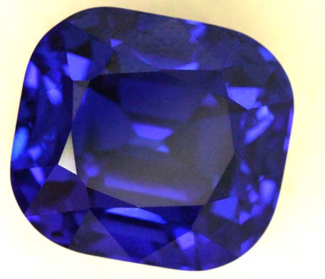 tanzanite blue i purple aaa auctions color cabochon fabulous grade
