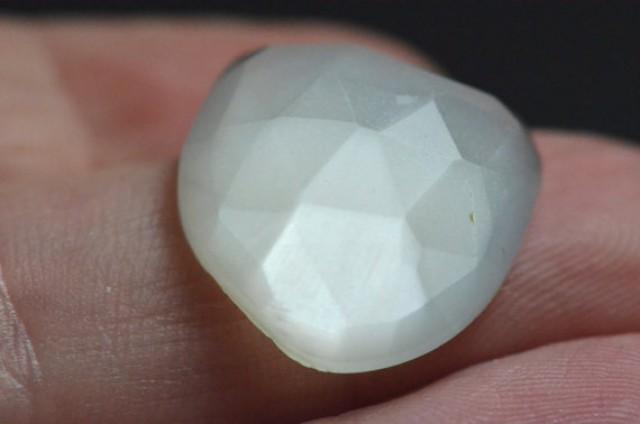 faceted MOONSTONE white rose cut gemstone