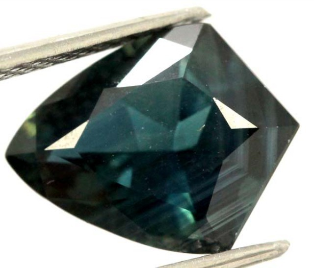 AUSTRALIAN FACETED SAPPHIRES 2.8  CTS DB33 RNG-464