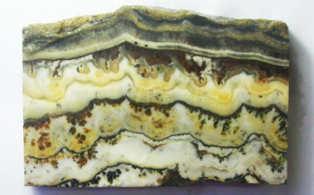 Rough uncut onyx stone