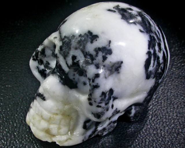 JASPER TWO TONE  GEMSTONE SKULL BU251