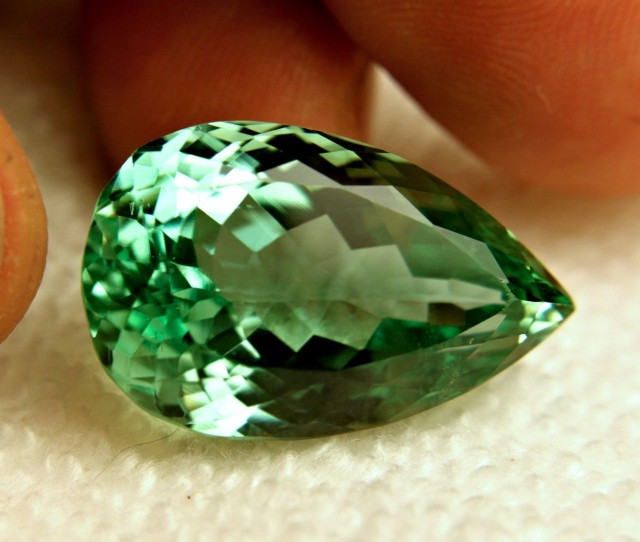 38.05 Carat VVS1 Himalayan Vibrant Green Spodumene