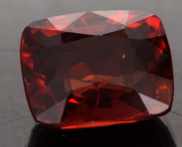 1.60 CTS CERTIFIED RED  BURMESE SPINEL [SNP139 ]