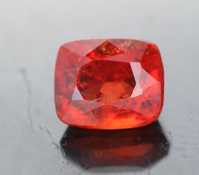 0.98 CTS CERTIFIED ORANGE  BURMESE SPINEL [SNP152 ]