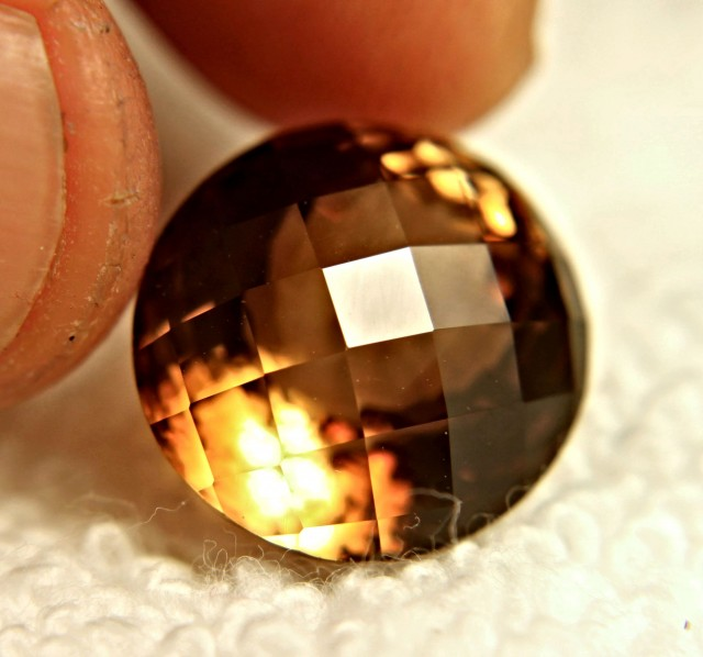 19.37 Carat VVS1 Golden Brown Brazilian Topaz