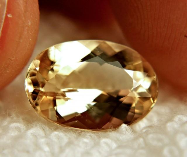5.14 Carat VVS1 Golden Beryl - Gorgeous