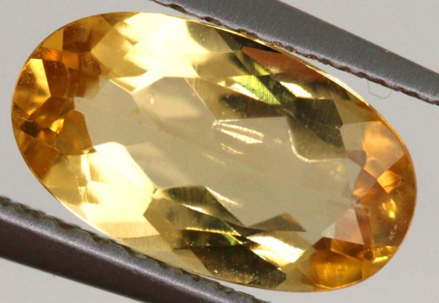 1.35 CTS  TOPAZ FACETED STONE PG-1722