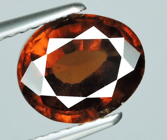 2.55 CTS Natural Reddish Orange Hessonite Garnet Oval Cut
