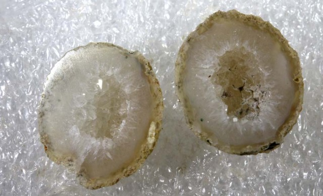 Agate Geode Pair NATURAL 19.10 CTS  ANGC-165