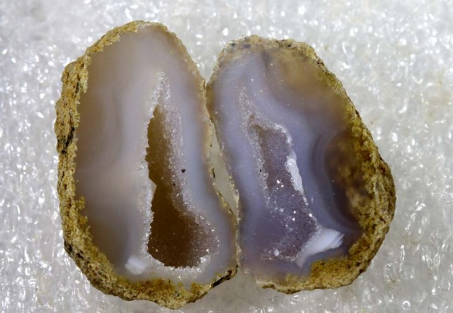 FREE SHIPPING     Agate Geode Pair NATURAL 27.35 CTS  ANGC-170
