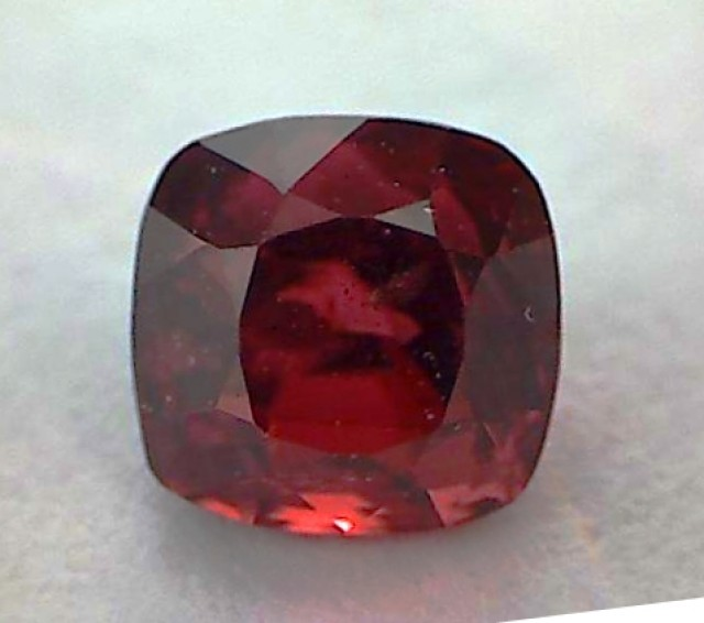 Gorgeous .91ct Ruby Red Ceylon Spinel VVS A380