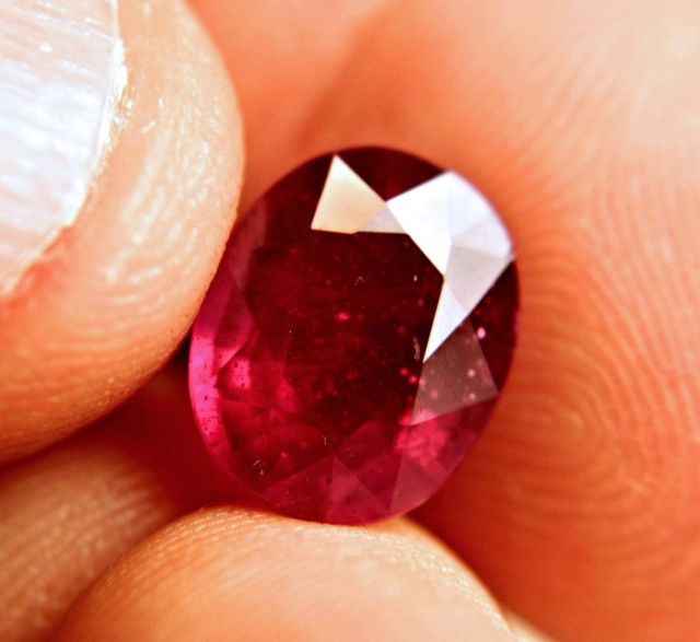 6.05 Carat Fiery Pigeon Blood Ruby - Superb