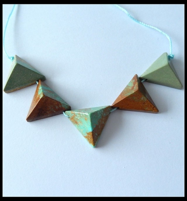 60.5 ct Turquoise Triangle Beads Necklace Beads ,Wholesale Jewelry