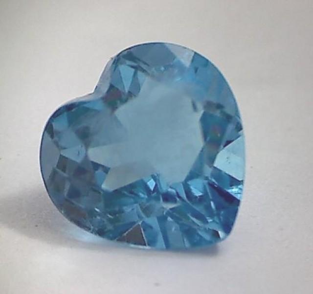 Sparkling Heart Shaped 3.30ct Swiss Blue Topaz VVS NA09