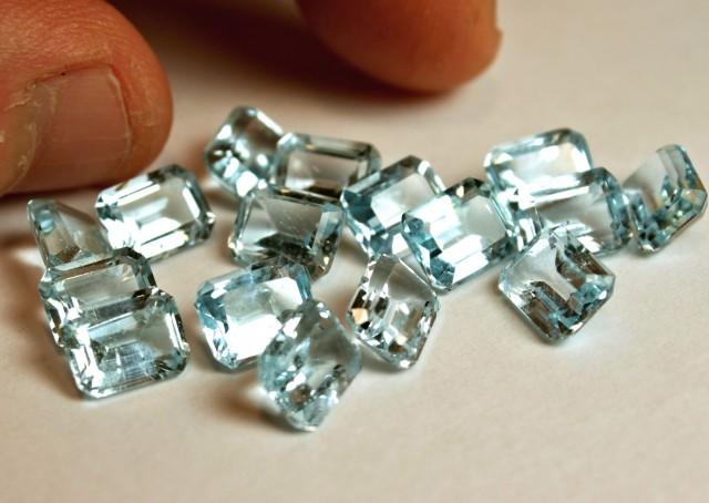 47.25 Tcw. VS Blue Topaz Gemstones - Superb