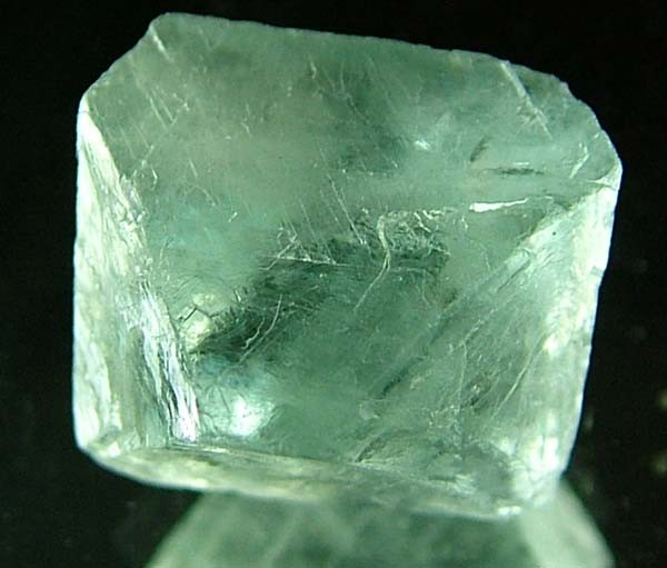 NATURAL FLUORITE CRYSTALS FROM ARGENTIA 13.3 CTS [MX552]