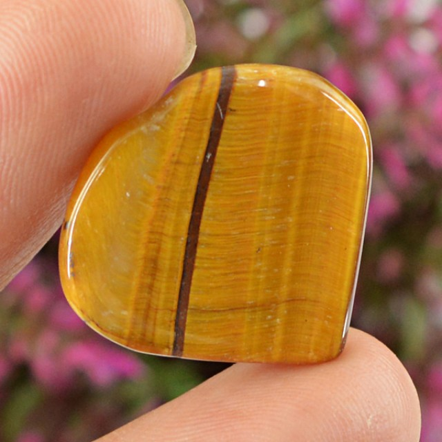 Genuine 13.35 Cts Hearts Shaped Golden Tiger Eye Cab