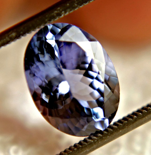 CERTIFIED - 3.49 Carat IF/VVS1 Purplish Blue Tanzanite