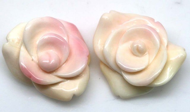 41.05 CTS CONCH SHELL FLOWER DRILLED PARCEL (2PCS) LT-591