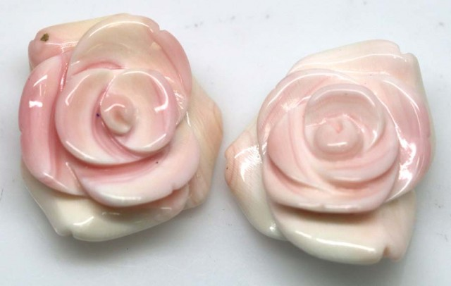45.95 CTS CONCH SHELL FLOWER DRILLED PARCEL (2PCS) LT-594