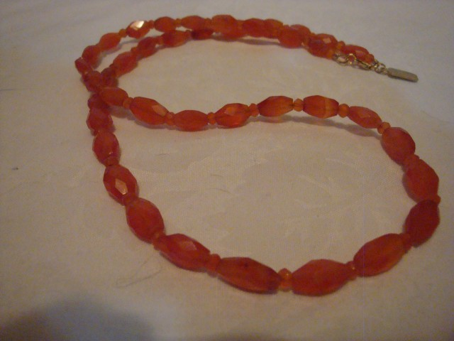 NEW 21 INCH CARNELIAN AGATE NECKLACE