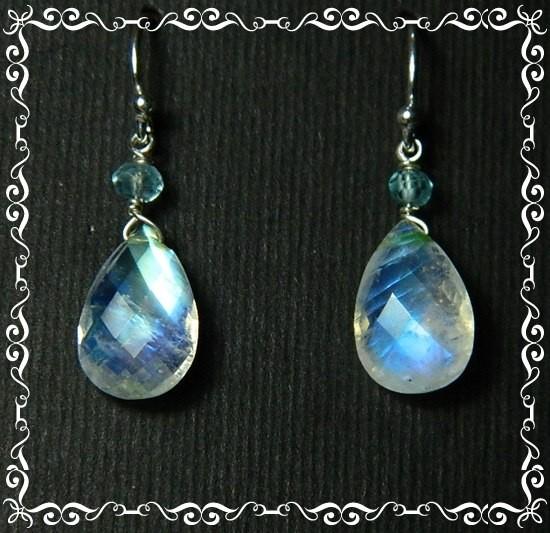 Quality Rainbow Moonstone .925 Silver Earrings JW31