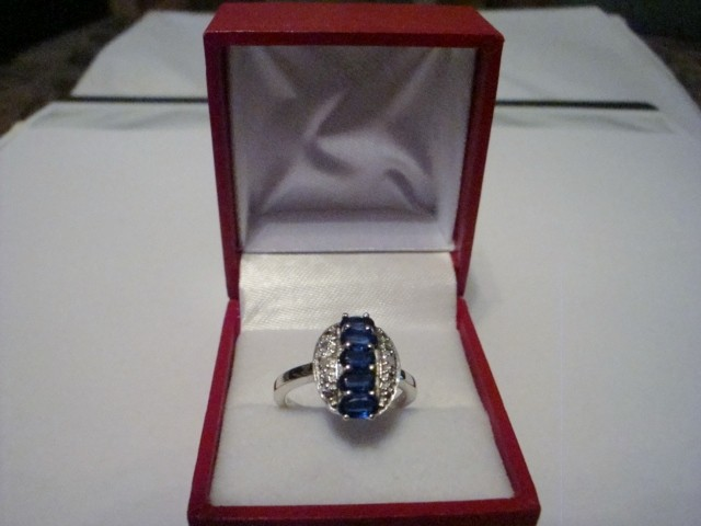 NEW! 1.62CTW OF DIAMONDS AND KYANITES RING SIZE 8