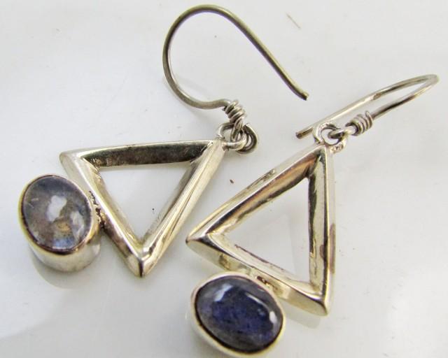 Labradorite in Sheppard  Silver Earrings   10  MJA 985