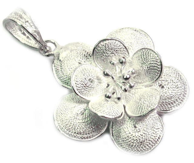 UNIQUE FILIGREE SILVER PENDANT 19.80 CTS [SJ1306]
