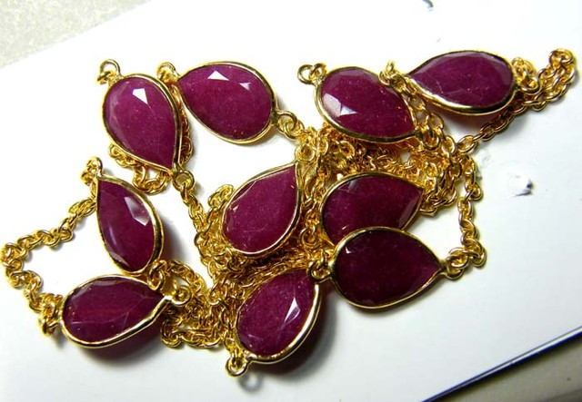 RUBY NECKLACE  ALMOND SHAPE FACETED 83 CTS SG-2070