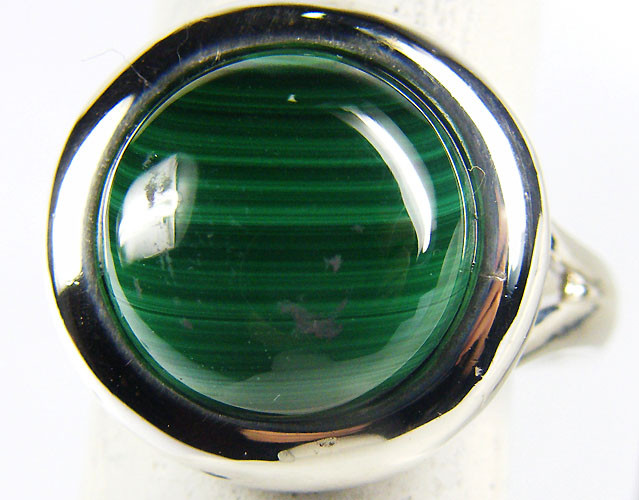 MALACITE   STYLISH  SILVER RING  SIZE  8 GRR 164