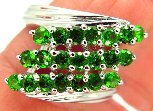DIOPSIDE  SILVER RING   27.2CTS  SIZE- 8.25   RJ-658