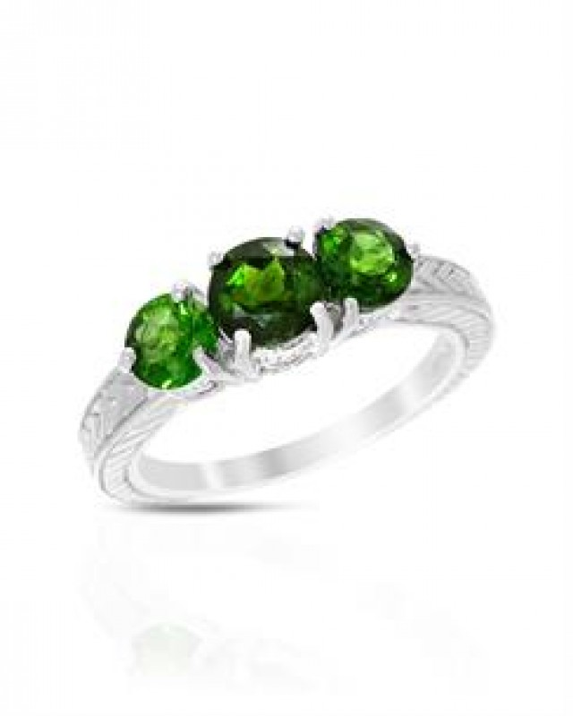 NEW RING WITH GENUINE DIOPSIDES SET IN 925 STERLING SILVER