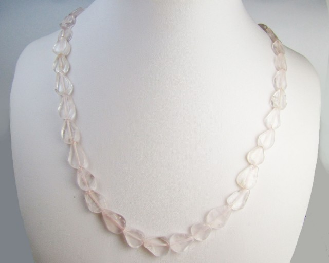 110 Cts  Rose Quartz Necklace      MJA 1088 ml