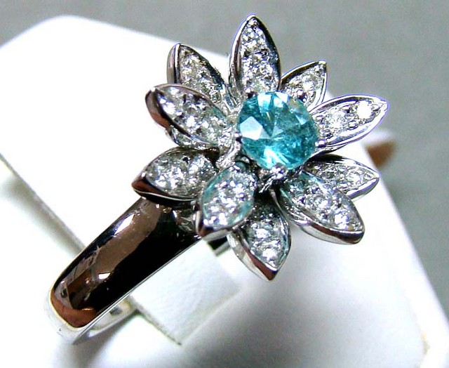PARAIBA RING 18K WHITE GOLD 33 CTS D-23