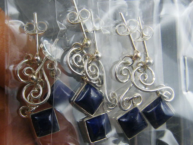 TRADE DEAL 3  LAPIS    SILVER EARRINGS  MYT 227