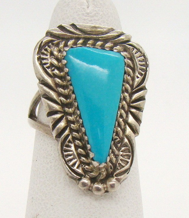 Turquoise & Sterling Silver Ring Size 5 (JA-14)