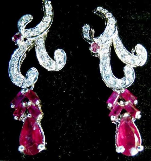 STUNNING RUBY AND ZIRCONIA EARRINGS 29.72  CTS   90739