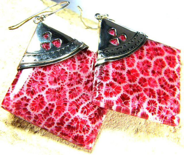 CORAL FOSSIL EARRINGS -TOP PATTERN 58.60 CTS [SJ236]