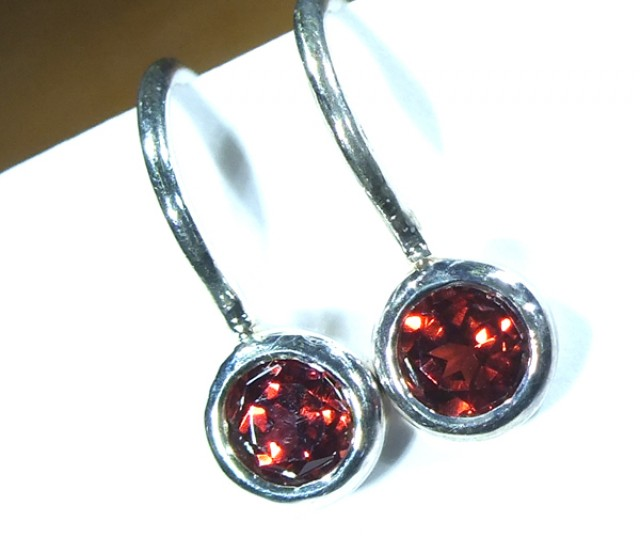GARNET LOOP EARRINGS10.70  CTS  RNJ-13