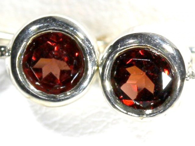 GARNET LOOP EARRINGS10.2  CTS  RNJ-18