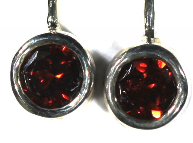 GARNET LOOP EARRINGS10.3  CTS  RNJ-20