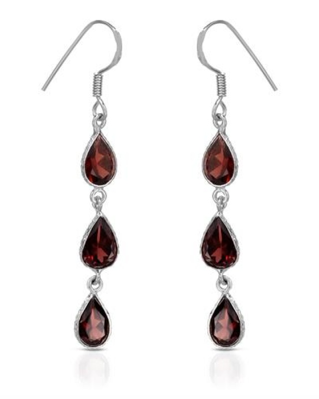 NEW GENUINE GARNET EARRINGS SET IN 925 STERLING SILVER